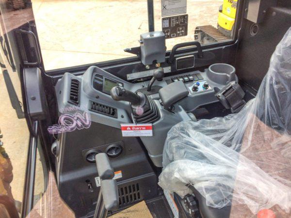 รถขุดยันม่าร์ รุ่น ViO35 (3.8 ตัน) ตู้แอร์