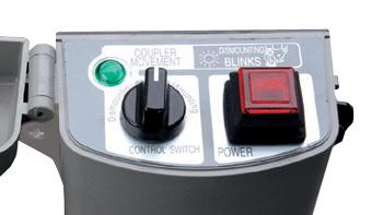 สวิตซ์ควบคุมการทำงานชุดต่ออุปกรณ์ต่อพ่วงแบบถอดเร็ว (Quick Coupler) ซึ่งอยู่ภายในห้องโดยสาร