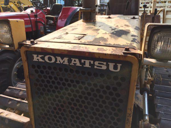 แทรกเตอร์ตีนตะขาบ KOMATSU รุ่น D20P-6